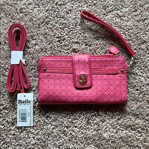 BNWT Relic Printed Logo Foldover Wristlet in Pink